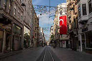 Europe, Turkey, Istanbul. <br /> Street scenes of central Istanbul (Fatih, Beyoglu, and Kadikoy districts) during a weekend curfew on Saturday the 2nd of May 2020, where it is forbidden for residents to leave their homes. <br /> <br /> Turkey has implemented weekend lockdowns for several weeks, and this looks likely to continue, as the country fights the spread of the coronavirus COVID-19. <br /> <br /> 2nd May 2020, Istanbul, Turkey.