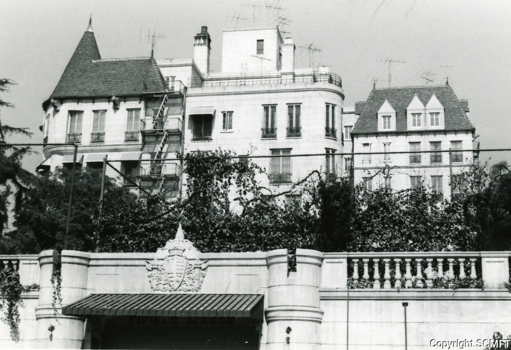 1971 Chateau Elysee on Franklin Ave.