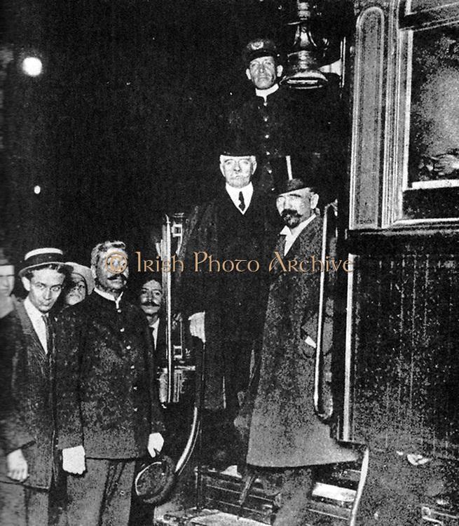 Francisco Ignacio Madero Gonzalez (1873-1913)  Madero, Mexican  writer, politician and revolutionary and a leader of the Mexican Revolution 1910-1913, President of Mexico 1911-1913, right, with Francisco Leon de la Barra y Quijano (1863-1939) Mexican diplomat and interim President 25 May to 5 November 1911.