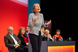 © Licensed to London News Pictures . 27/09/2015 . Brighton , UK . HARRIET HARMAN steps on stage to speak of her thanks following a tribute to her record as Deputy Leader of the Labour Party , at the 2015 Labour Party Conference . Photo credit : Joel Goodman/LNP