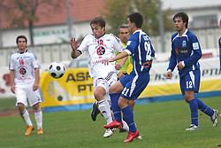 Dario Zahora of Interblock vs Nenad Dakovic of Drava at Slovenian First league Telekom Slovenije match between NK Labod Drava and NK Interblock, on October 26, 2008, in Ptuj, Slovenia. (Photo by Vid Ponikvar / Sportida)