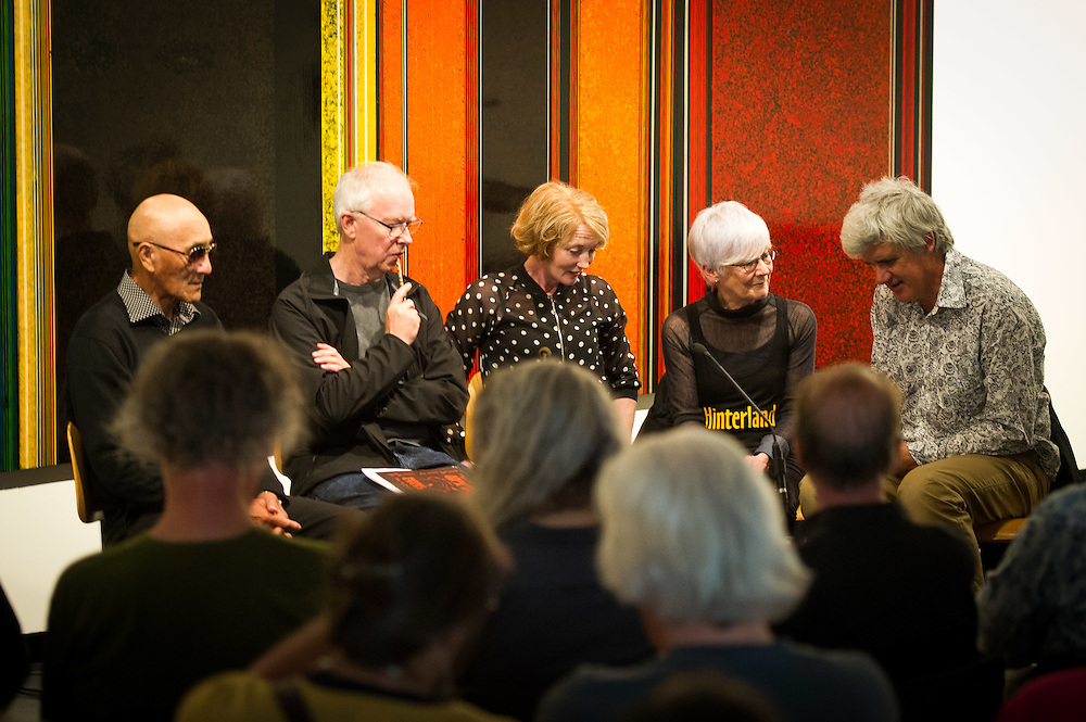 Poets Bill Manhire and Cilla McQueen, whose poetry featured in many of Ralph Hotere's works, are joined by the artist's daughter, Andrea Hotere, and Bishop Muru Walters to explore the poetry and waiata that influenced him. The session is chaired by Gregory O'Brien, author of Hotere-Out the Black Window (1997).