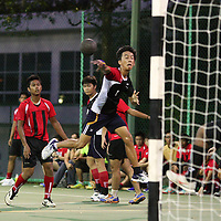 Singapore Polytechnic, Saturday, Oct 5, 2013 — Singapore Polytechnic (SP) relied on fundamentally sound defence to get past the Institute of Technical Education (ITE) 33–17 in the 3rd Invitational Handball Games.<br /> <br /> Story: http://www.redsports.sg/2013/10/09/handball-mens-sp-ite/
