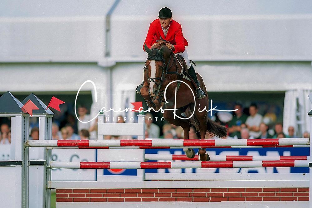 Kirchhoff Ulrich (GER) - Ohio van de Padenborre<br /> CSIO Rome 1999<br /> © Dirk Caremans