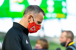 DUBLIN, REPUBLIC OF IRELAND - Sunday, October 11, 2020: Wales' manager Ryan Giggs, wearing a face mask, during the UEFA Nations League Group Stage League B Group 4 match between Republic of Ireland and Wales at the Aviva Stadium. The game ended in a 0-0 draw. (Pic by David Rawcliffe/Propaganda)