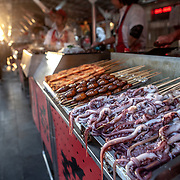 2013 09 24 Beijing Kina             Matmarknad i centrala Beijing<br /> <br /> ----<br /> FOTO : JOACHIM NYWALL KOD 0708840825_1<br /> COPYRIGHT JOACHIM NYWALL<br /> <br /> ***BETALBILD***<br /> Redovisas till <br /> NYWALL MEDIA AB<br /> Strandgatan 30<br /> 461 31 Trollhättan<br /> Prislista enl BLF , om inget annat avtalas.