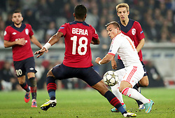 23.10.2012, Grand Stade Lille Metropole, Lille, OSC Lille vs FC Bayern Muenchen, im Bild Xherdan SHAQIRI (FC Bayern Muenchen - 11) - Franck BERIA (OSC Lille - 18) // during UEFA Championsleague Match between Lille OSC and FC Bayern Munich at the Grand Stade Lille Metropole, Lille, France on 2012/10/23. EXPA Pictures © 2012, PhotoCredit: EXPA/ Eibner/ Gerry Schmit..***** ATTENTION - OUT OF GER *****