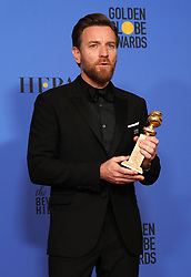 """Actor Ewan McGregor poses with the Best Performance by an Actor in a Limited Series or a Motion Picture Made for Television award for 'Fargo' during NBC's """"75th Annual Golden Globe Awards"""" press room held at the Beverly Hilton Hotel on January 07, 2018 in Beverly Hills, CA, USA (Photo by Carlos Amaya/Sipa USA)"""