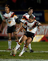 Photo: Jed Wee.<br />Bradford Bulls v Harlequins RL. Engage Super League. 18/02/2006.<br />Bradford need a late penalty from Paul Deacon to earn them a draw against the unfancied Harlequins.