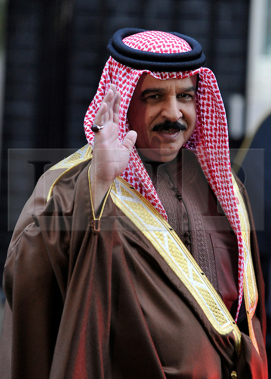 © Licensed to London News Pictures. 12/12/2011, London, UK.  King Hamad Al-Khalifa, the King of Bahrain on Downing Street today, Monday 12th December 2011. Photo credit : Stephen Simpson/LNP