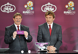 (L) ANDRZEJ SZARMACH AND (R) ZBIGNIEW BONIEK (BOTH POLAND) SHOW THE TICKET OF FRANCE DURING THE EUFA EURO 2012 QUALIFYING DRAW IN PALACE SCIENCE AND CULTURE IN WARSAW, POLAND..THE 2012 EUROPEAN SOCCER CHAMPIONSHIP WILL BE HOSTED BY POLAND AND UKRAINE...WARSAW, POLAND , FEBRUARY 07, 2010..( PHOTO BY ADAM NURKIEWICZ / MEDIASPORT / SPORTIDA.COM ).