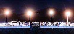 27.09.2015, Grenzübergang, Freilassing, GER, Fluechtlingskrise in der EU, im Bild Flüchtlinge spazieren von der Grenze zu Österreich über die Saalach Brücke nach Deutschland // Migrants come to Germany from the Austrian Border over the Saalach Bridge. Thousands of refugees fleeing violence and persecution in their own countries continue to make their way toward the EU, border crossing, Freilassing, Germany on 27.09.2015. EXPA Pictures © 2015, PhotoCredit: EXPA/ JFK