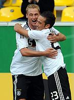 Fotball<br /> Tyskland<br /> Foto: Witters/Digitalsport<br /> NORWAY ONLY<br /> <br /> 04.09.2009<br /> <br /> Jubel 1:0 v.l. Felix Bastians, Deniz Naki Deutschland<br /> <br /> <br /> Fussball U 21 EM-Qualifikation Tyskland - San Marino