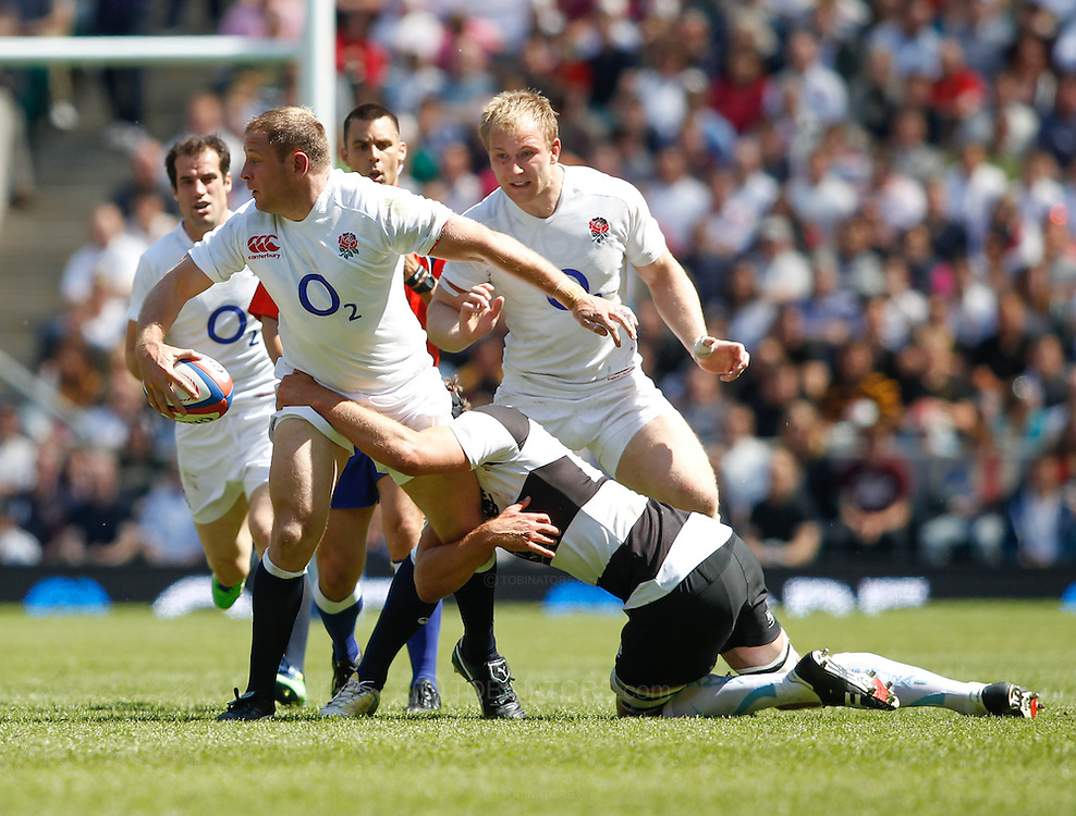 Picture by Andrew Tobin/Focus Images Ltd +44 7710 761829.26/05/2013.Action from the match between England and the Barbarians at Twickenham Stadium, Twickenham.