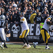 Dec 09 2018 Oakland U.S.A  CA   Pittsburgh Steelers quarterback Ben Roethlisberger (7) looks for the deep pass during the NFL Football game between Pittsburgh Steelers and the Oakland Raiders 21-24 lost at O.co Coliseum Stadium Oakland Calif. Thurman James / CSM