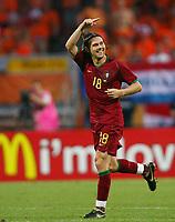1:0 Jubel Torschuetze Maniche Portugal<br /> Fussball WM 2006 Achtelfinale Portugal - Niederlande<br />  Portugal - Nederland<br /> Norway only