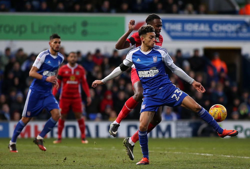 Blackburn Rovers' Hope Akpan chases down Ipswich Town's Andre Dozzell<br /> <br /> Photographer David Shipman/CameraSport<br /> <br /> The EFL Sky Bet Championship - Ipswich Town v Blackburn Rovers - Saturday 14th January 2017 - Portman Road - Ipswich<br /> <br /> World Copyright © 2017 CameraSport. All rights reserved. 43 Linden Ave. Countesthorpe. Leicester. England. LE8 5PG - Tel: +44 (0) 116 277 4147 - admin@camerasport.com - www.camerasport.com