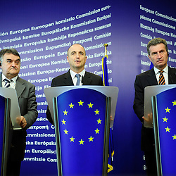 Belgium  - Brussels - 23 March 2010 - EU Sustainable Energy Week 2010 -  Press Conference - ( L to R ) Herbert Reul, Chair of the Committee on Industry, Research and Energy of the European Parliament  - Miguel Sebastian, Spanish Minister of Industry, Trade and Tourism -  Günther H. Oettinger, European Commissioner for Energy  © EC/CE