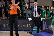 DESCRIZIONE : Eurolega Euroleague 2015/16 Group D Dinamo Banco di Sardegna Sassari - Darussafaka Dogus Istanbul<br /> GIOCATORE : Mahmuti Oktai<br /> CATEGORIA : Allenatore Coach<br /> SQUADRA : Darussafaka Dogus Istanbul<br /> EVENTO : Eurolega Euroleague 2015/2016<br /> GARA : Dinamo Banco di Sardegna Sassari - Darussafaka Dogus Istanbul<br /> DATA : 19/11/2015<br /> SPORT : Pallacanestro <br /> AUTORE : Agenzia Ciamillo-Castoria/L.Canu