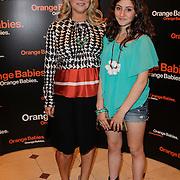 NLD/Noordwijk/20120623 - Orange Babies Gala 2012, Fiona Hering en dochter India