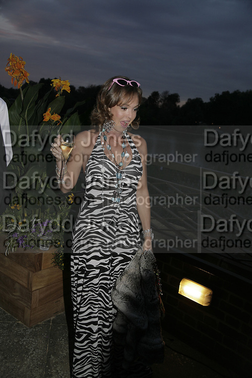 Countess Maya von Schonburg, Party Belle Epoque hosted by The Royal Parks Foundation and Champagne Perrier Jouet. The Grand Spiegeltent, the Lido Lawns. Hyde Park. London. 14 September 2006. ONE TIME USE ONLY - DO NOT ARCHIVE  © Copyright Photograph by Dafydd Jones 66 Stockwell Park Rd. London SW9 0DA Tel 020 7733 0108 www.dafjones.com
