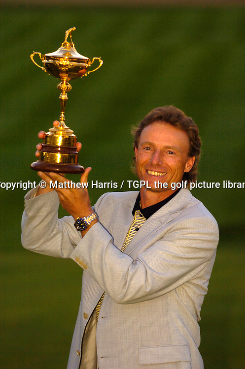 Winning captain Bernhard LANGER (EUR) celebrates a sweet victory over team USA 18.5 points to 9.5 during final day Singles of the Ryder Cup Matches 2004,Oakland Hills (South Course),Bloomfield,Michigan,USA.