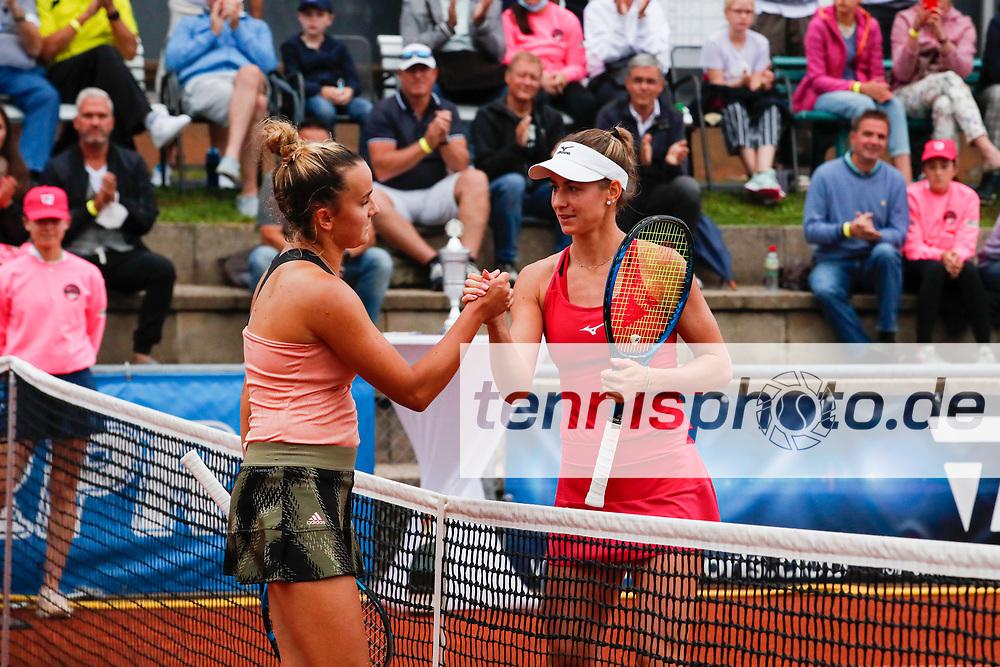 Clara Burel (FRA), Anna Bondar (HUN) - WTO Wiesbaden Tennis Open - ITF World Tennis Tour 80K, 26.9.2021, Wiesbaden (T2 Sport Health Club), Deutschland, Photo: Mathias Schulz
