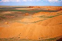 Mongolie, Province de  Omnogov, desert de Gobi, vallee de Bayanzag, Flaming Cliffs // Mongolia, Omnogov province, Gobi desert, Bayanzag valley, Flaming Cliffs