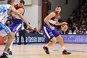 DESCRIZIONE : Campionato 2014/15 Dinamo Banco di Sardegna Sassari - Enel Brindisi<br /> GIOCATORE : Andrea Zerini<br /> CATEGORIA : Palleggio<br /> SQUADRA : Enel Brindisi<br /> EVENTO : LegaBasket Serie A Beko 2014/2015<br /> GARA : Dinamo Banco di Sardegna Sassari - Enel Brindisi<br /> DATA : 27/10/2014<br /> SPORT : Pallacanestro <br /> AUTORE : Agenzia Ciamillo-Castoria / Luigi Canu<br /> Galleria : LegaBasket Serie A Beko 2014/2015<br /> Fotonotizia : Campionato 2014/15 Dinamo Banco di Sardegna Sassari - Enel Brindisi<br /> Predefinita :