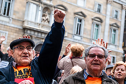 April 16, 2018 - Barcelona, Catalonia, Spain - A retired man is seen raising his fist to claim fair pensions..Hundreds of retirees and pensioners have demonstrated in the streets of Barcelona in defense of public pensions after the minimum increase ordered by the Government of Spain of President Rajoy. (Credit Image: © Paco Freire/SOPA Images via ZUMA Wire)
