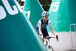 Tayler Wiles (USA) weaves through the buoys to sign on at Deakin University Elite Women Cadel Evans Road Race 2019, a 113 km road race starting and finishing in Geelong, Australia on January 26, 2019. Photo by Sean Robinson/velofocus.com