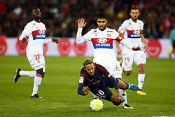 September 17, 2017 - Paris, France - Neymar Jr of PSG in action during the French Ligue 1 match between Paris Saint Germain (PSG) and Olympique Lyonnais (OL) at Parc des Princes on September 17, 2017 in Paris. (Credit Image: © Mehdi Taamallah/NurPhoto via ZUMA Press)