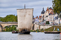 France, Region Centre-Val de Loire, Loiret (45), Orléans, festival de Loire // France, Loiret, Orleans, Loire festival