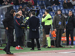 December 16, 2017 - Rome, Italy - the referee Antonio Damato assigns the penalty after seeing the VAR during the Italian Serie A football match between A.S. Roma and Cagliari at the Olympic Stadium in Rome, on december 16, 2017. (Credit Image: © Silvia Lore/NurPhoto via ZUMA Press)