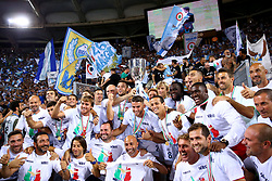 August 13, 2017 - Rome, Italy - Lazio team celebrating with the cup after the victory after winning the Italian SuperCup TIM football match Juventus vs Lazio on August 13, 2017 at the Olympic stadium in Rome. (Credit Image: © Matteo Ciambelli/NurPhoto via ZUMA Press)