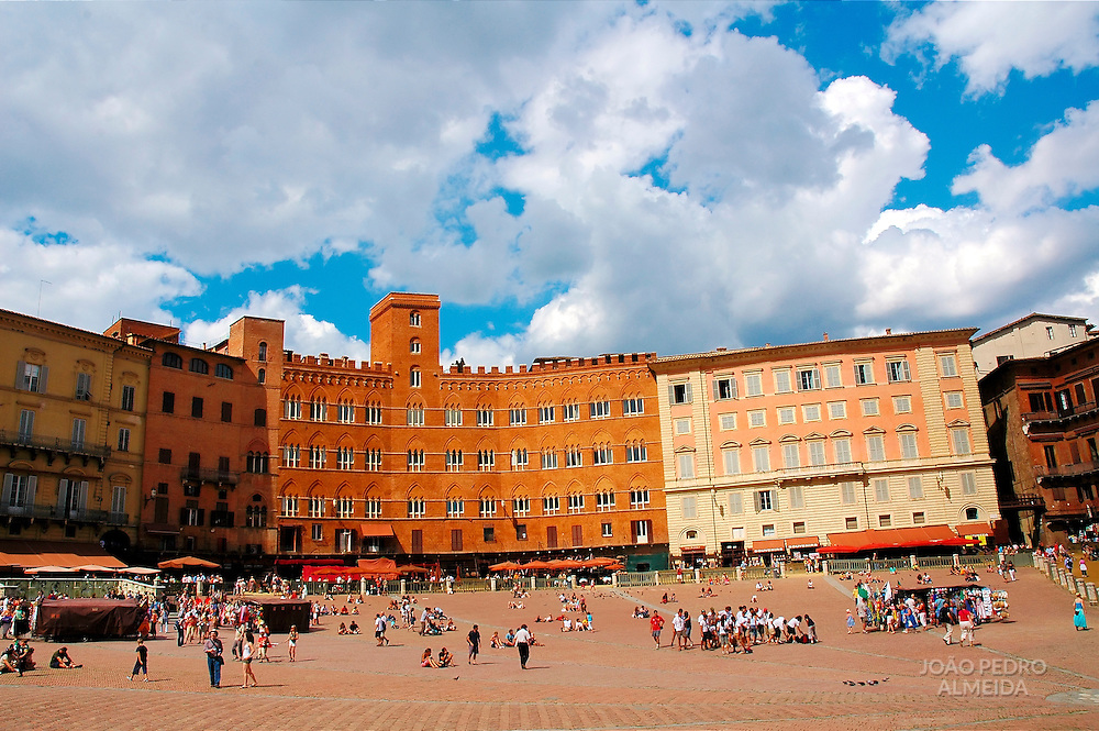 Siena's main square