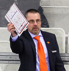 15.12.2012, Albert Schultz Eishalle, Wien, AUT, European Trophy, Viertelfinale, Lulea Hockey vs UPC Vienna Capitals, im Bild Tommy Samuelsson, (UPC Vienna Capitals, Trainer)  // during the European Trophy Icehockey quarterfinal match betweeen Lulea Hockey (SWE) vs UPC Vienna Capitals (AUT) at the Albert Schultz Eishalle, Vienna, Austria on 2012/12/15. EXPA Pictures © 2012, PhotoCredit: EXPA/ Thomas Haumer