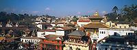 Nepal. Vallee de Katmandou. Temple hindou de Pashupatinath. // Nepal. Kathmandu valley. Hindu Temple of Pashupatinath.