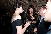 GIZZI ERSKINE; DAISY LOWE. Esquire dinner celebrating being Brilliant, Young and British hosted by editor Jeremy Langmead at Aqua Nueva, Fifth Floor, 240 Regent Street , London 1 June 2010. -DO NOT ARCHIVE-© Copyright Photograph by Dafydd Jones. 248 Clapham Rd. London SW9 0PZ. Tel 0207 820 0771. www.dafjones.com.