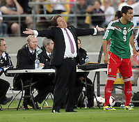 Mexico's coach Miguel Herrera against New Zealand in the World Cup Football qualifier, Westpac Stadium, Wellington, New Zealand, Wednesday, November 20, 2013.