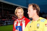 Fotball, Eliteserie, 30 AUGUST 2004, Alfheim Stadion i Tromsø, TROMSØ IL - BODØ GLIMT 2-0, t.v. Runar Berg  GLIMT og  Steinar Nilsen TIL etter kampen<br /> FOTO: KAJA BAARDSEN/DIGITALSPORT