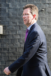 Downing Street, London, April 12th 2016. Attorney General Jeremy Wright arrives at the weekly cabinet meeting. ©Paul Davey<br /> FOR LICENCING CONTACT: Paul Davey +44 (0) 7966 016 296 paul@pauldaveycreative.co.uk