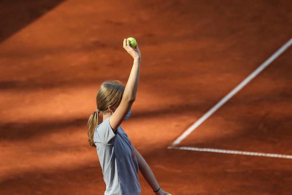 TENNIS: European Open 2020, Rothenbaum, Viertelfinale, Hamburg, 25.09.2020<br /> Feature, Balljunge, Ballmädchen<br /> © Torsten Helmke