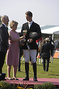 Lady Victoria Leatham and William Fox-Pit. The Land Rover Burghley Horse Trials. 4 September. ONE TIME USE ONLY - DO NOT ARCHIVE  © Copyright Photograph by Dafydd Jones 66 Stockwell Park Rd. London SW9 0DA Tel 020 7733 0108 www.dafjones.com
