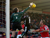 Photo: Alan Crowhurst.<br />Swindon Town v Swansea City. Coca Cola League 1.<br />31/12/2005. <br />Swansea's Adrian Forbes (C) just misses the cross.