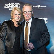 NLD/Zaandam/20190128- première musical Op Hoop van Zegen, Edvard Niessing en partner Inge