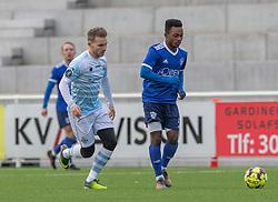 Emmanuel Toku (Fremad Amager) og Anders Holst (FC Helsingør) under træningskampen mellem FC Helsingør og Fremad Amager den 18. januar 2020 på Helsingør Ny Stadion (Foto: Claus Birch)