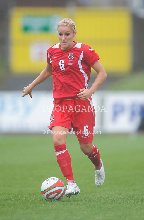 LLANELLI, WALES - Sunday, August 23, 2009: Wales' Katie Daley in action against Slovenia during a friendly international match at Stebonheath Park. (Pic by David Rawcliffe/Propaganda)