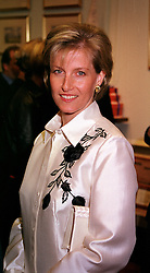 HRH The COUNTESS OF WESSEX at a party in London on 8th November 2000.OIW 65