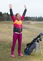 Martine Martens, golfprofessional van GC Anderstein, . Instractie voor Golf.nl Weekly. COPYRIGHT KOEN SUYK